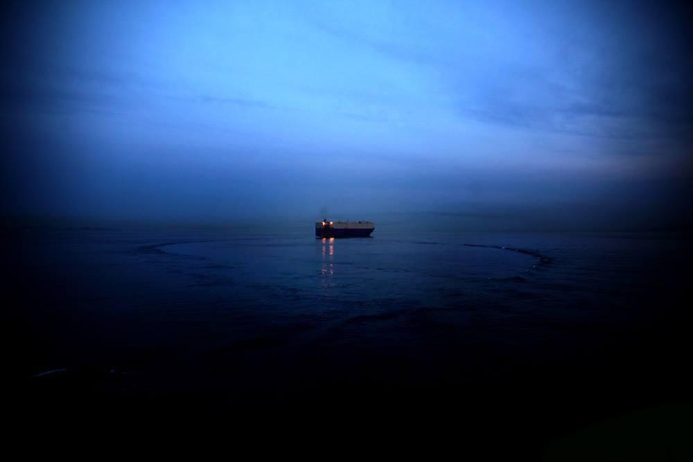 Και το πλοίο φεύγει.../φωτό: Σπύρος Τσακίρης